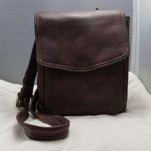 Fossil vintage shoulder / crossbody leather bag